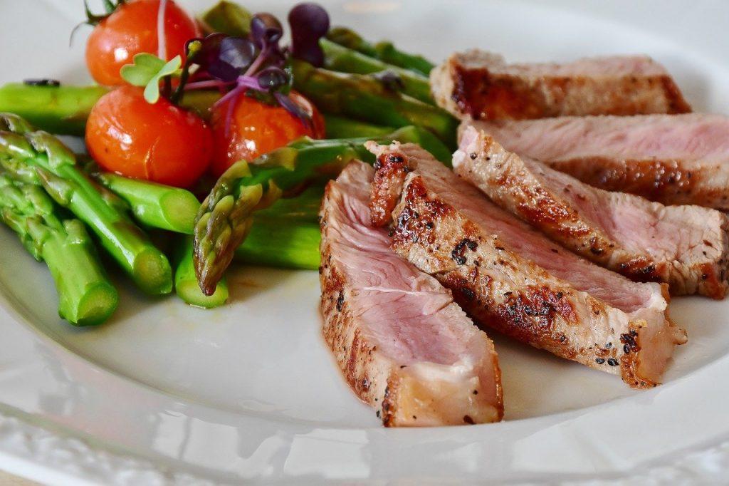 ¿Es recomendable y apropiado realizar dietas estrictas